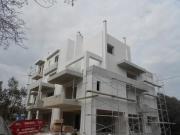 Πολυκατοικία  στο  Μαρούσι   3-όροφη  πολυκατοικία   με πυλωτή Περιοχή :  Μαρούσι Επίχρισμα :  Παραδοσιακός  Σοβάς   Κατάσταση :  Πριν  το  βάψιμο Ημερομηνία παράδοσης : 03/2012 Χρόνος  Παράδοσης : 35 εργάσιμες